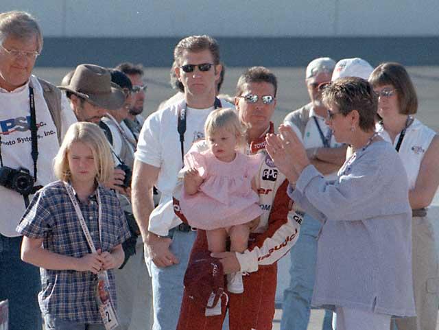 Bobby Rahal Toyota >> Race By Race - Fontana 1999 - Sunday Morning Warm-up